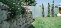 08_natursteinmauer_mediterran_pflanzplanung_stauden_sichtschutz_glaswand_pflanzplan